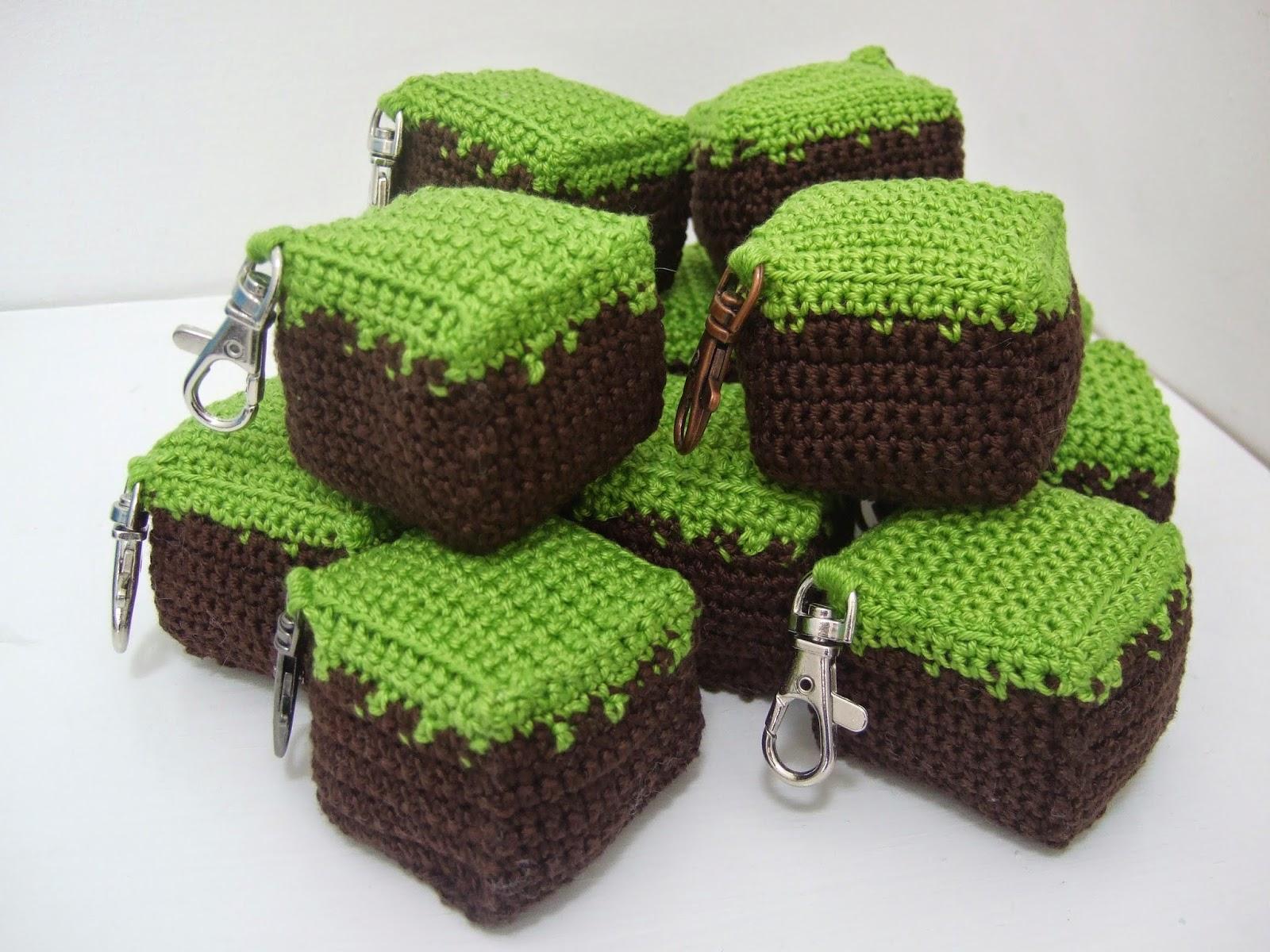 Made At Number Ten Pattern Find Crochet Minecraft Dirt Block Keyrings