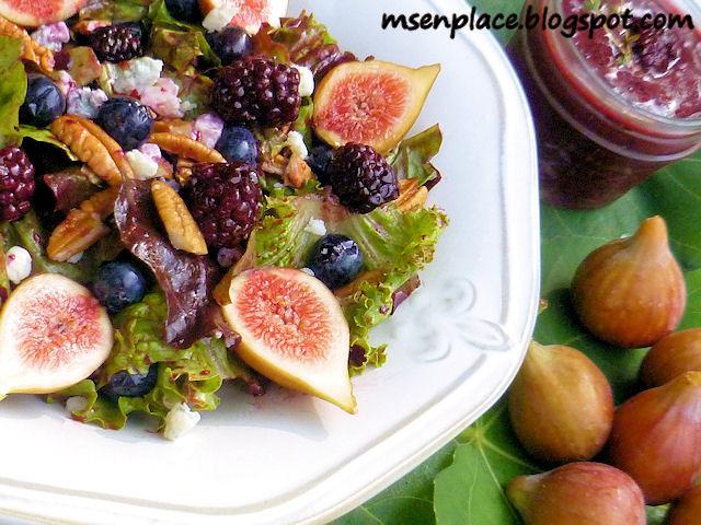 Summer Salad w/ Blackberries Thyme Vinaigrette