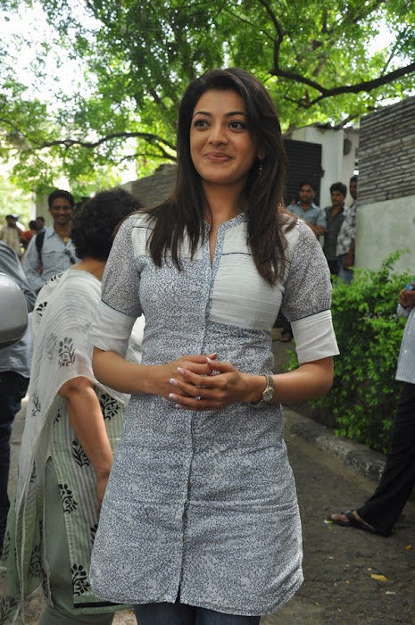 kajal agarwal at dhada pressmeet, kajal new photo gallery