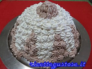 http://www.ricettegustose.it/Semifreddi_e_gelati_1_html/Zuccotto_allo_zabaione_e_frutta_sciroppata.html