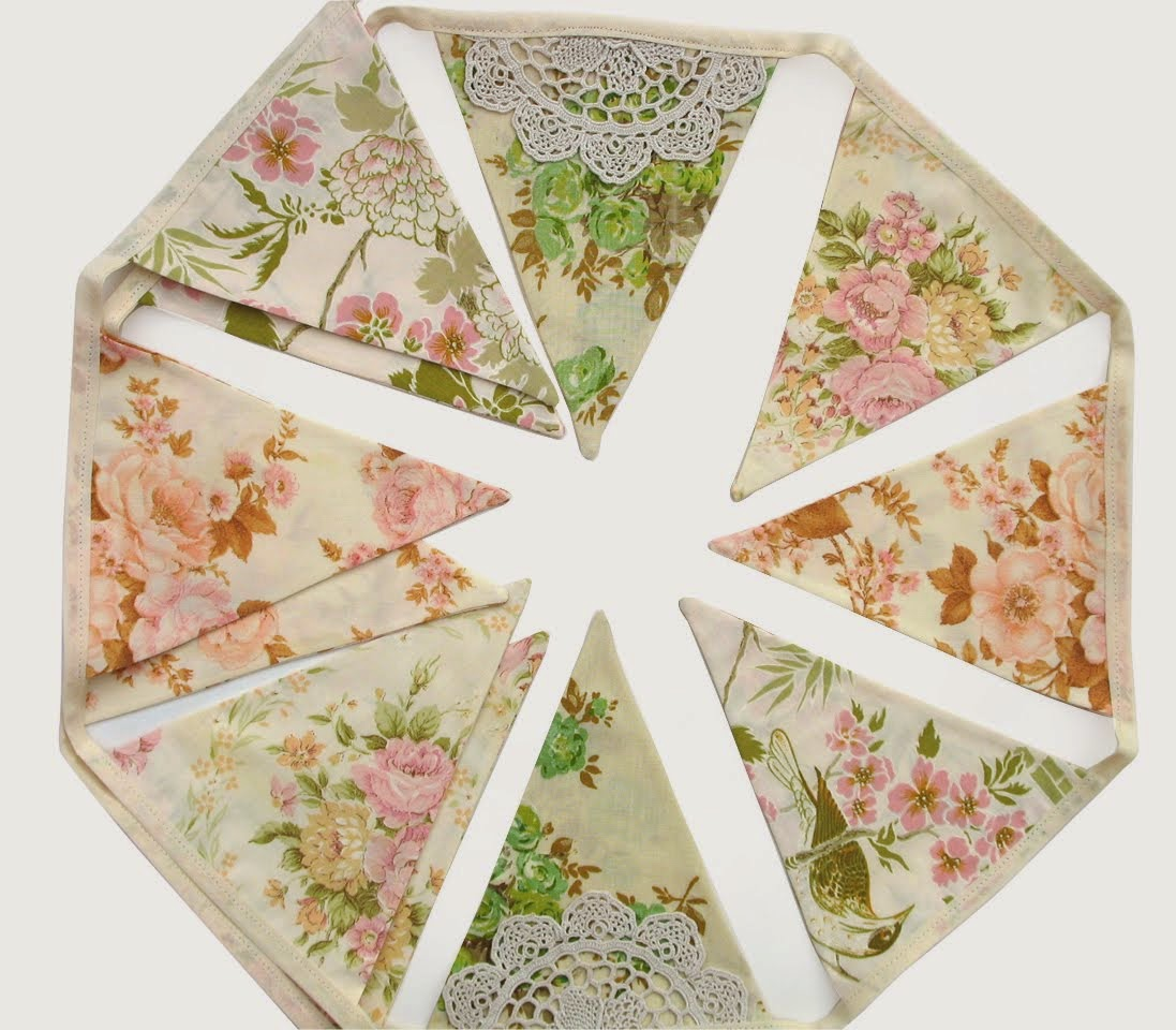 Vintage Retro Floral Bunting with Lace