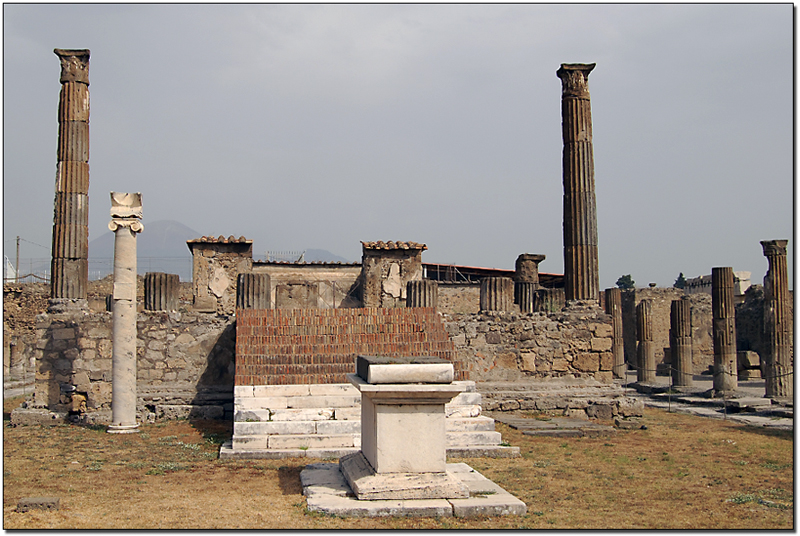 Temple of Apollo, Pompeii. However, I do my best to be fair, ...