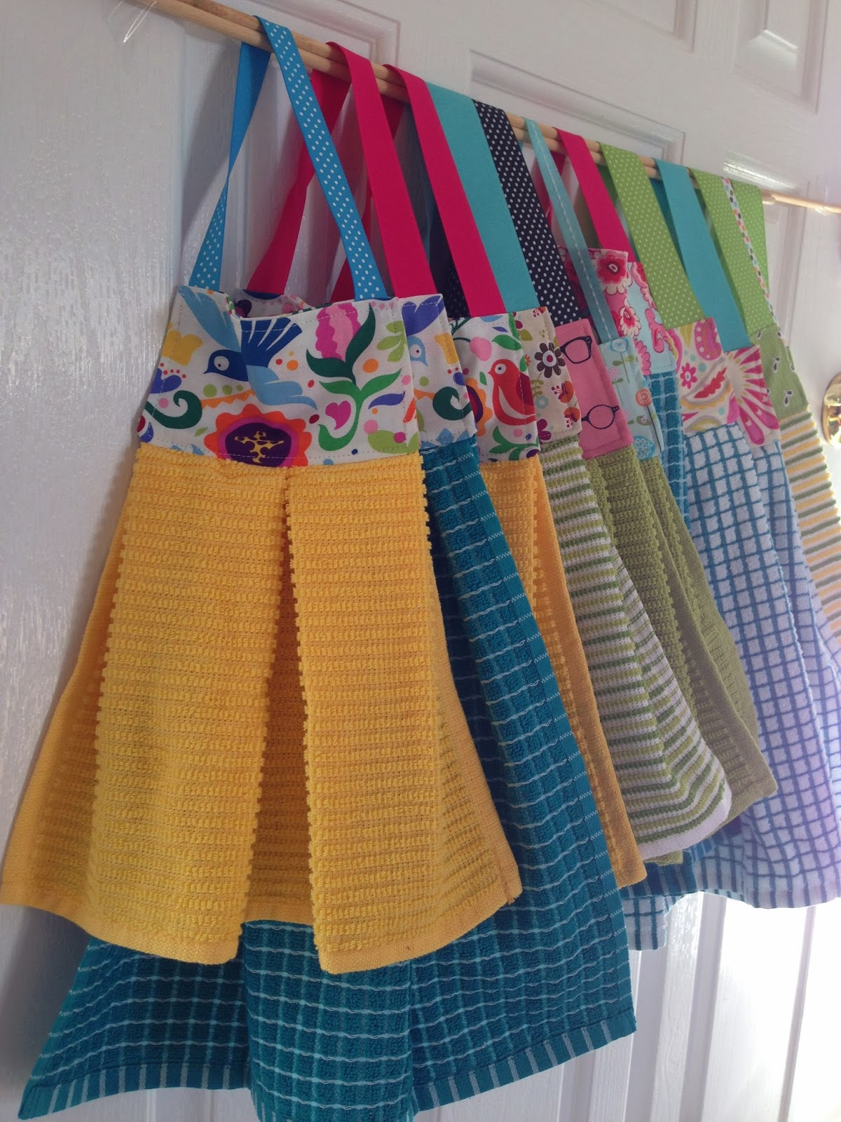 Little Bit Funky: 20 minute crafter {modern dish towels ...