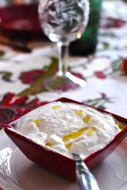 cevapcici, recept, kryddiga biffar, blogg, mat, klyftpotatis, yoghurt, påsk, middag, huvudrätt