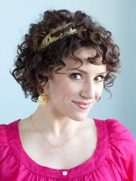 Beautiful Hair Styles: Naturally Curly Hair styles 2012 designed for
