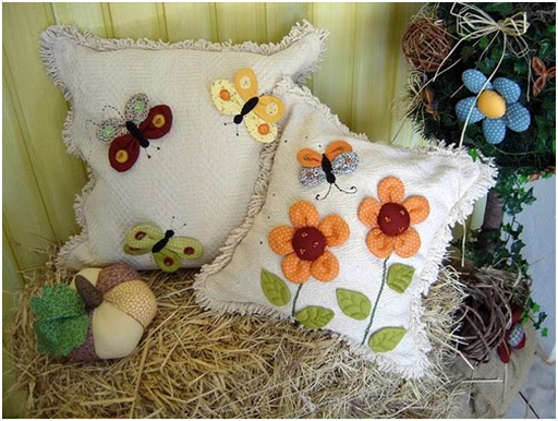 Manitas creativas algo mas tela decoracion cojines country - Cojines pintados en tela ...