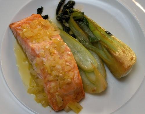 salmon-sitrus-pak-choi