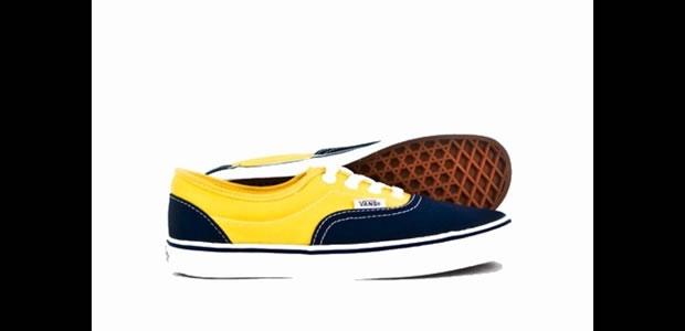 O Vans Era bicolor, modelo 2Tone, é baixinho e tem um amarelo bem forte contrastando com o azul marinho (Foto: Reprodução)
