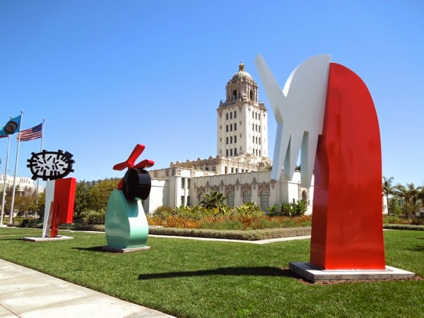 Beverly Hills Arts of Palm sculptures