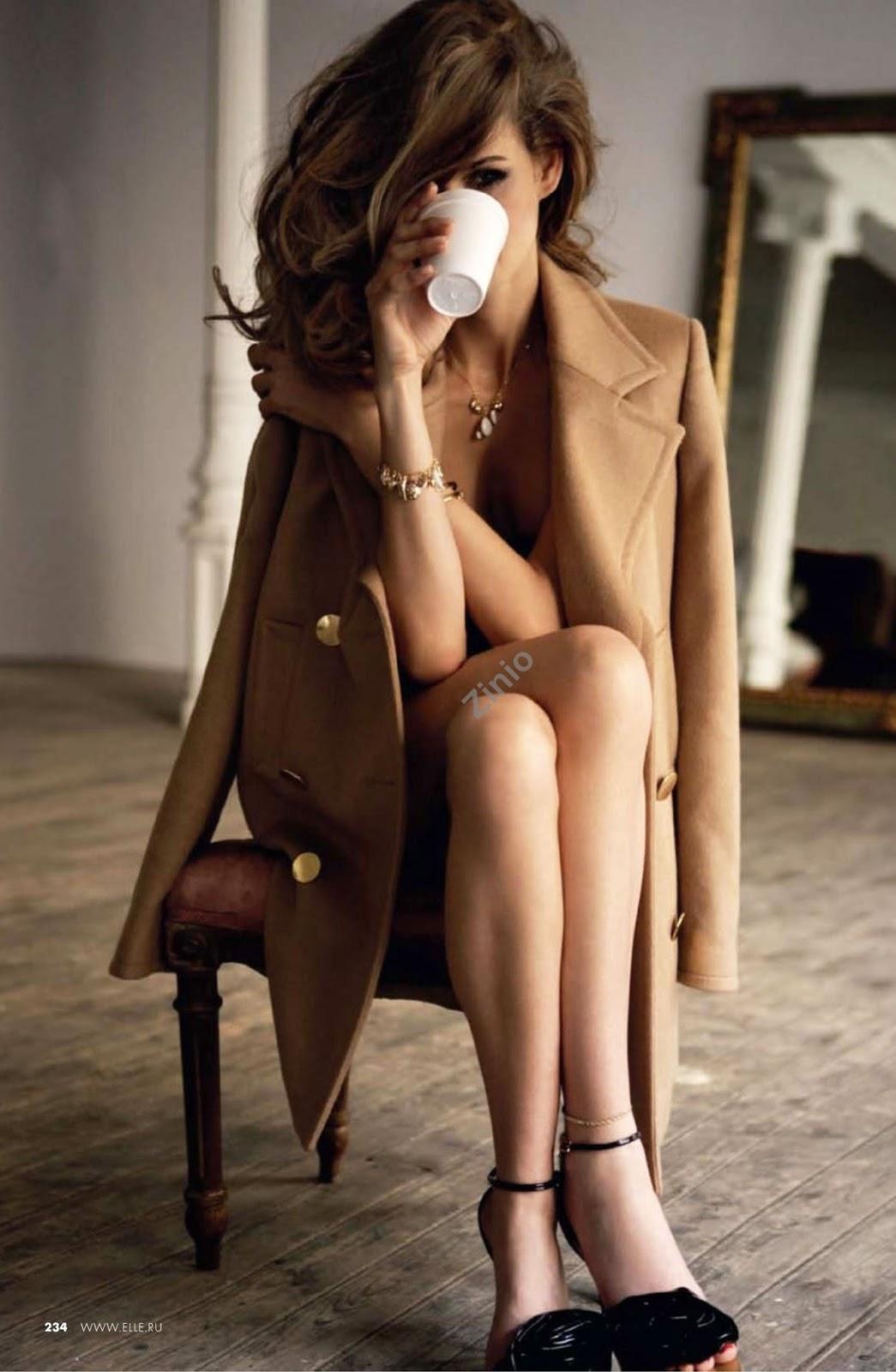 Flavia de Oliveira in Elle Russia November 2009 (photography: Mario Sierra, styling:  Immaculada Jimenez)