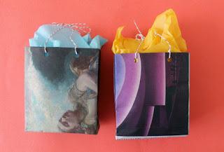 cara membuat kerajinan Gift bag dari koran bekas