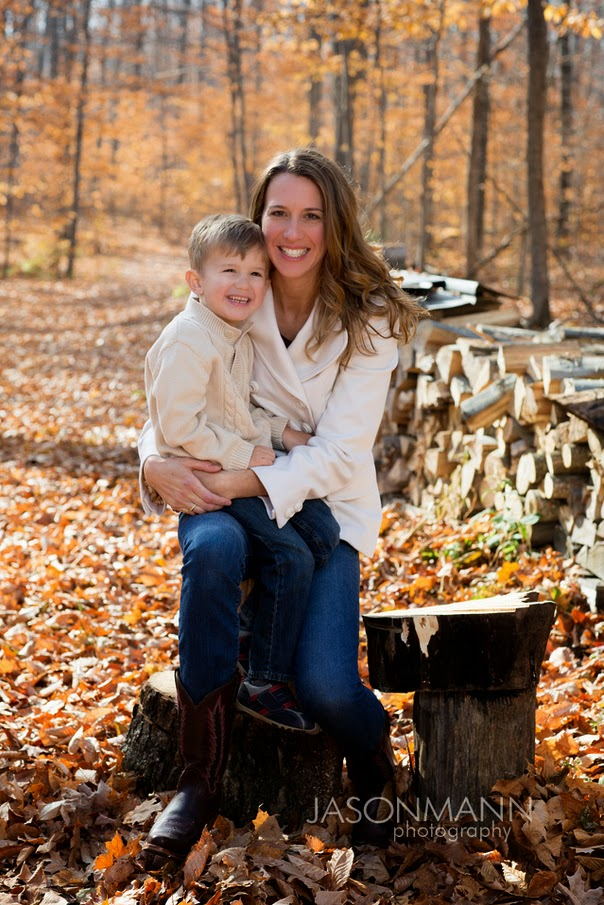 Door County Family Portraits Outdoor, Fall Family Photos in the Woods