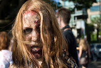 Zombies en las calles (Disfraces) Zombie walk