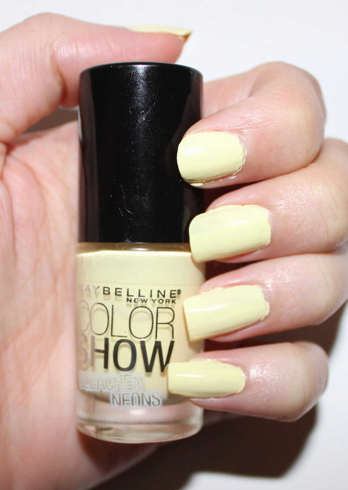 Maybelline Bleached Neons Citrus Collide Nail Polish Swatch