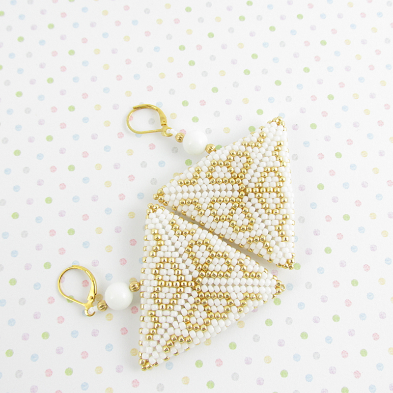 Earrings bead triangles