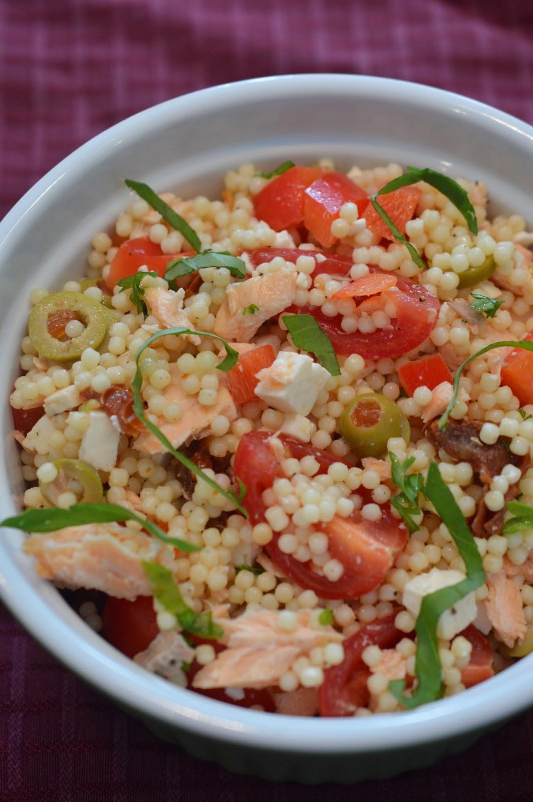 lili popotte salade de p 226 tes au saumon et aux deux tomates