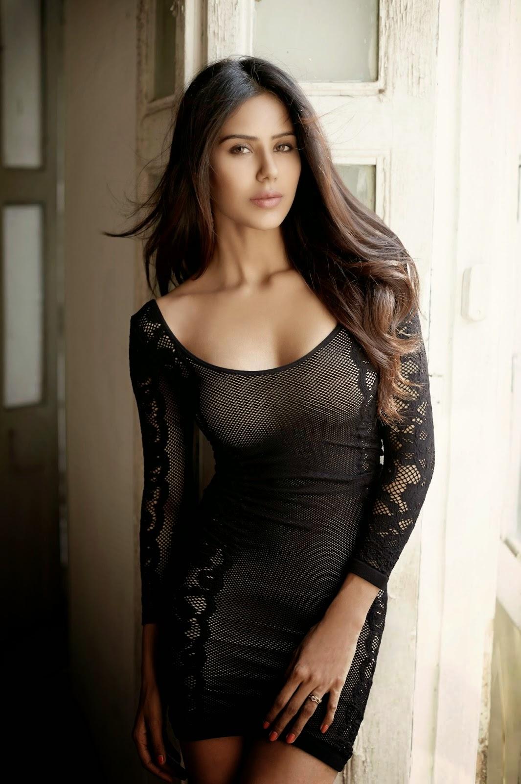 Sonam Bajwa Hot Stills