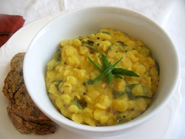 simple lentil dal