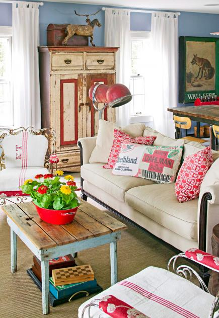 Cottage Flavor Decorating With Flea Market Finds