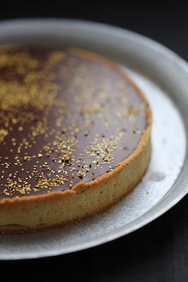 tarte au lemon curd , ganache pralinoise ,reveillon ,fetes