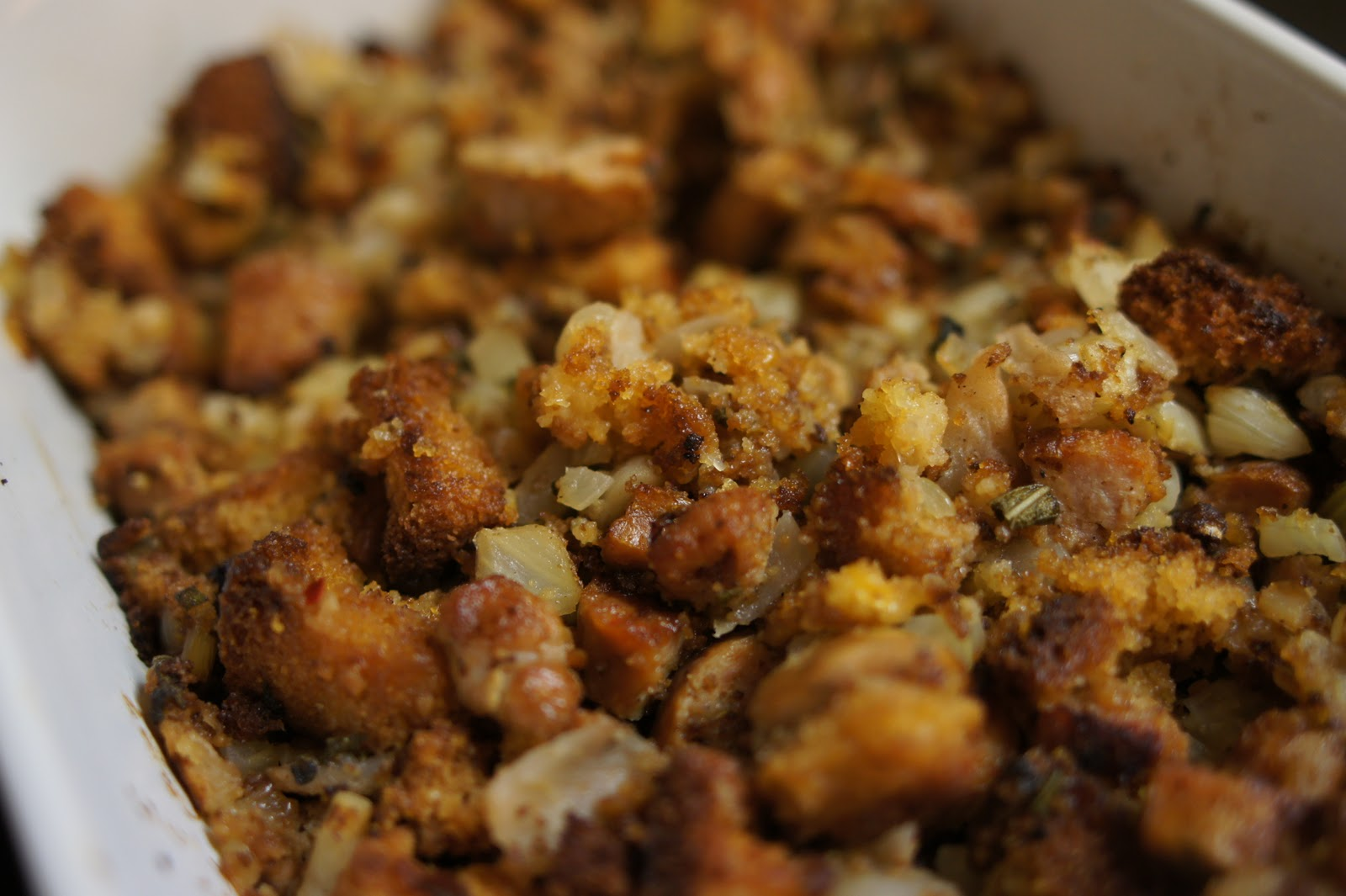 cornbread stuffing with apple, fennel and spicy sausage
