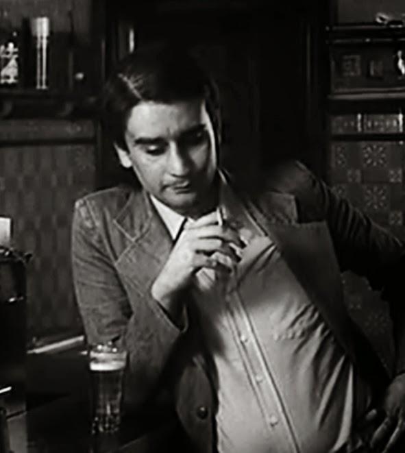 Leopoldo María Panero habla en El desencanto (1974). Y les roba la película a todos los demás Panero. Para siempre.