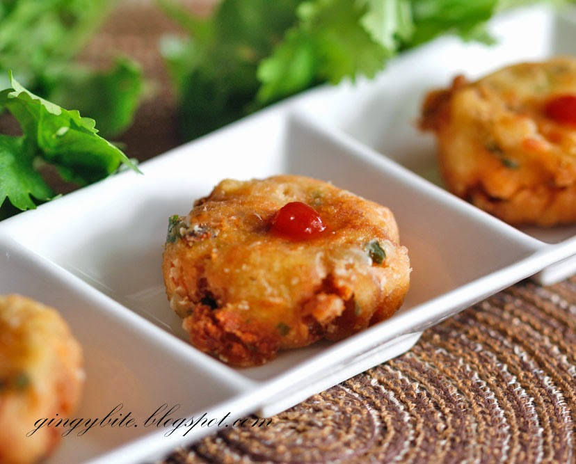 Salmon Perkedel (Salmon Potato Patty) 三文鱼马铃薯煎饼