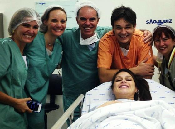 Nasceram as gêmeas de Natália Guimarães e Leandro