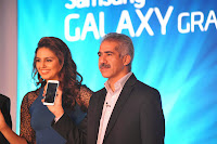 Huma Qureshi launches Samsung Galaxy Grand 2