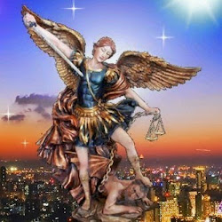 San Miguel Arcángel, defiéndenos en la lucha.