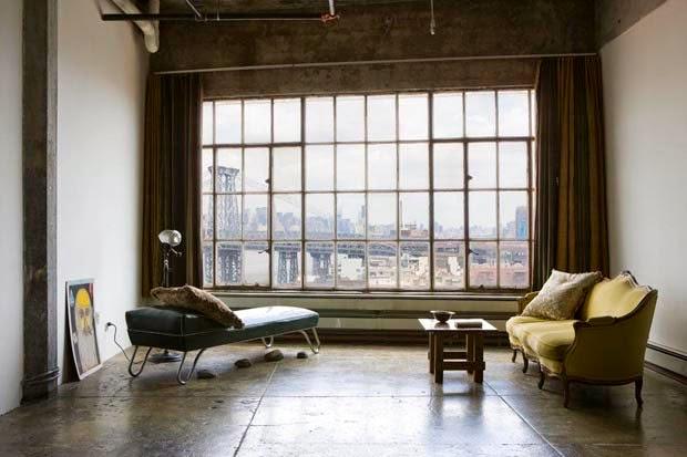 es uno de los barrios de brooklyn de moda all encontramos este loft situado en un antiguo labortorio industrial el espacio era