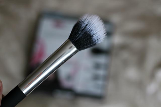 Real Techniques, Nic's Picks set, review, beauty, duo fibre face brush,