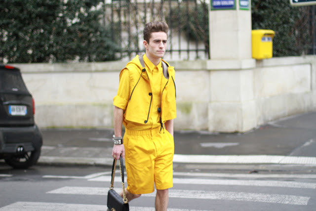Men with handbags: Men Carrying Chanel Boy Bag