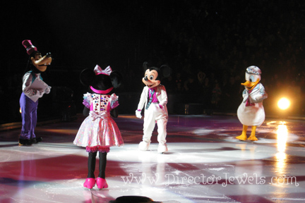 rapunzel, ariel, merida, belle, mickey mouse, minnie, goofy, donald duck, disney on ice, rockin ever after, sprint center, skating horse