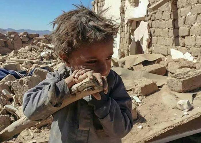 ...και αν είναι ανθρώπινος ο πόνος,  δεν είμαστε άνθρωποι μόνο για να πονούμε.... Γ. Σεφέρης