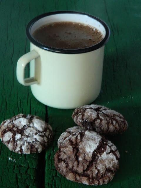 Crinkles cu cacao si cardamon