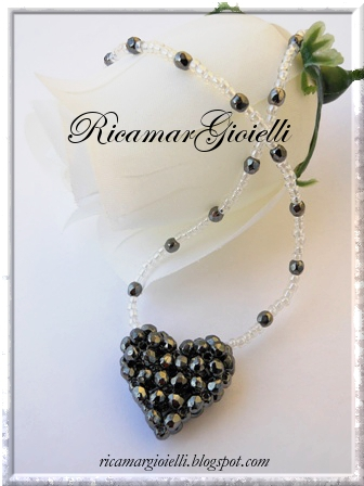 Puffy 3-D Heart (3mm Fire-Polished Beads)