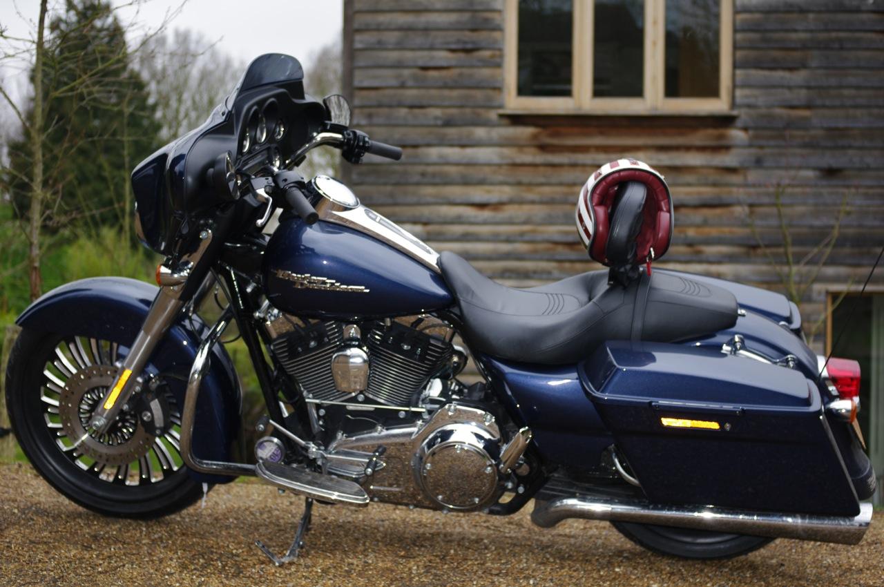 7Ages Custom Motorcycles  2009 Harley Davidson Streetglide