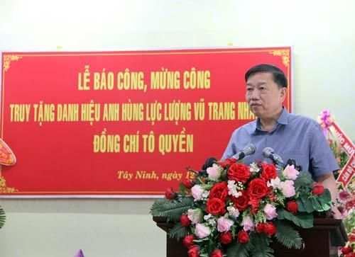 Thượng tướng Tô Lâm, Ủy viên BCH TW Đảng, Thứ trưởng Bộ Công an phát biểu tại buổi lễ.