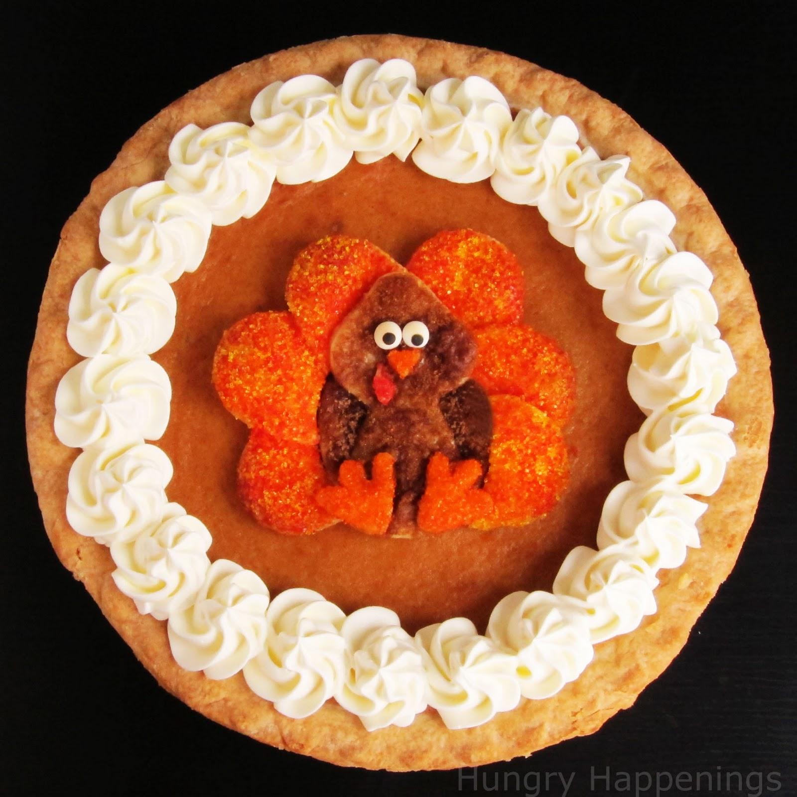 Decorated pumpkin pie festive thanksgiving dessert for How to decorate a pumpkin for thanksgiving
