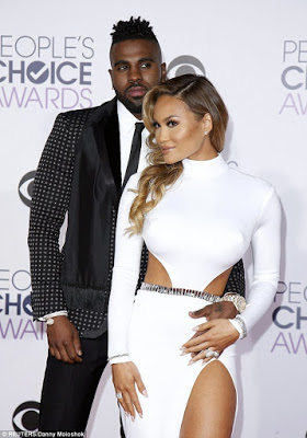 Jason Derulo and girlfriend Daphne Joy make official red carpet debut at the People's Choice Award 2