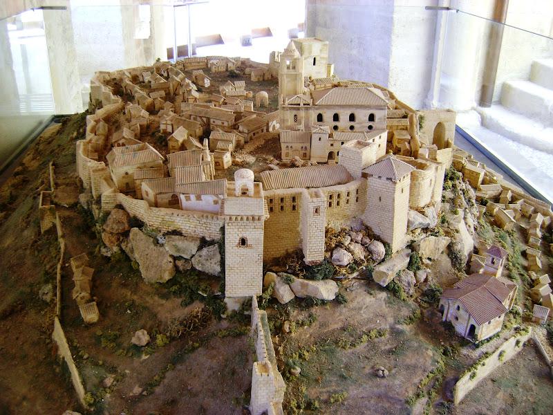 Paisajes de la regi n de granada andaluc a oriental - Muebles penalver alcala la real ...