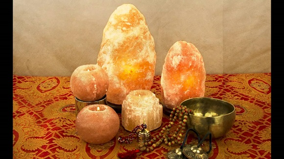 Why You Should Put Salt Lamps In Each Room of Your House Why%2BYou%2BShould%2BPut%2BSalt%2BLamps%2BIn%2BEach%2BRoom%2BOf%2BYour%2BHouse