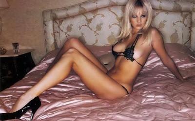 Julia Alexandratou bikini Wallpaper