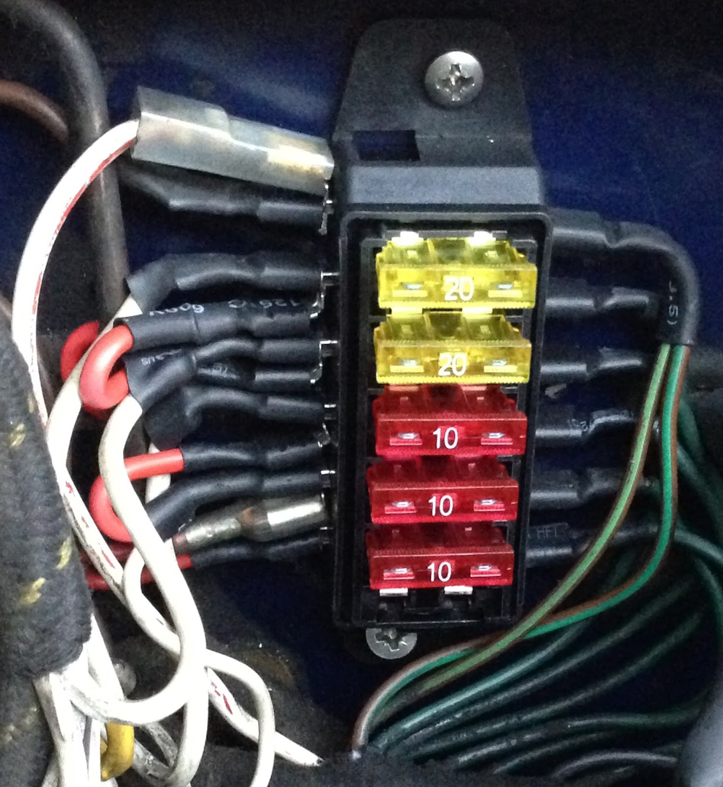 upgrading fuse box on austinhealey 3000 and installing led fuses while i know the fuses in all of our hire cars quite well it isn t so easy for our customers to a blown fuse so i decided to upgrade them to