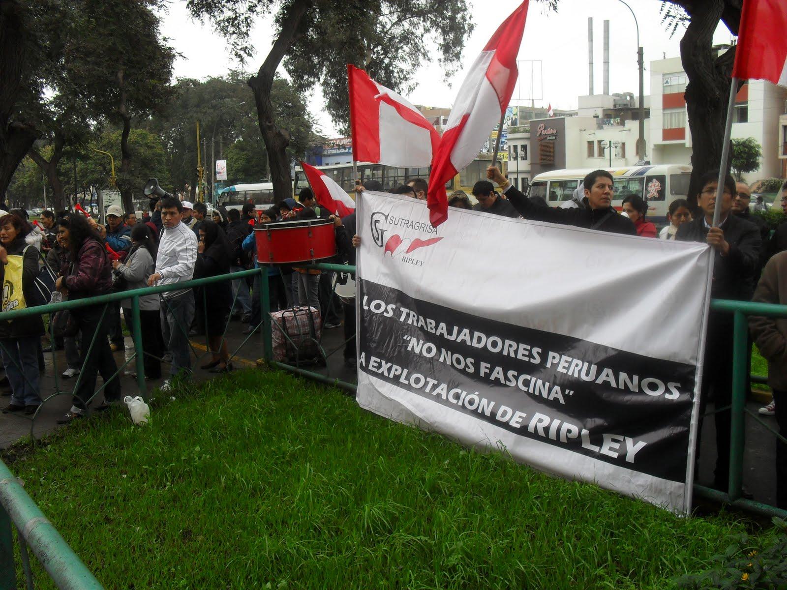 Pura letra chilena ripley margina y despide a peruanos for Comedores ripley chile