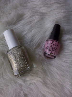 OPI - Pink Friday & Essie - Beyond Cozy
