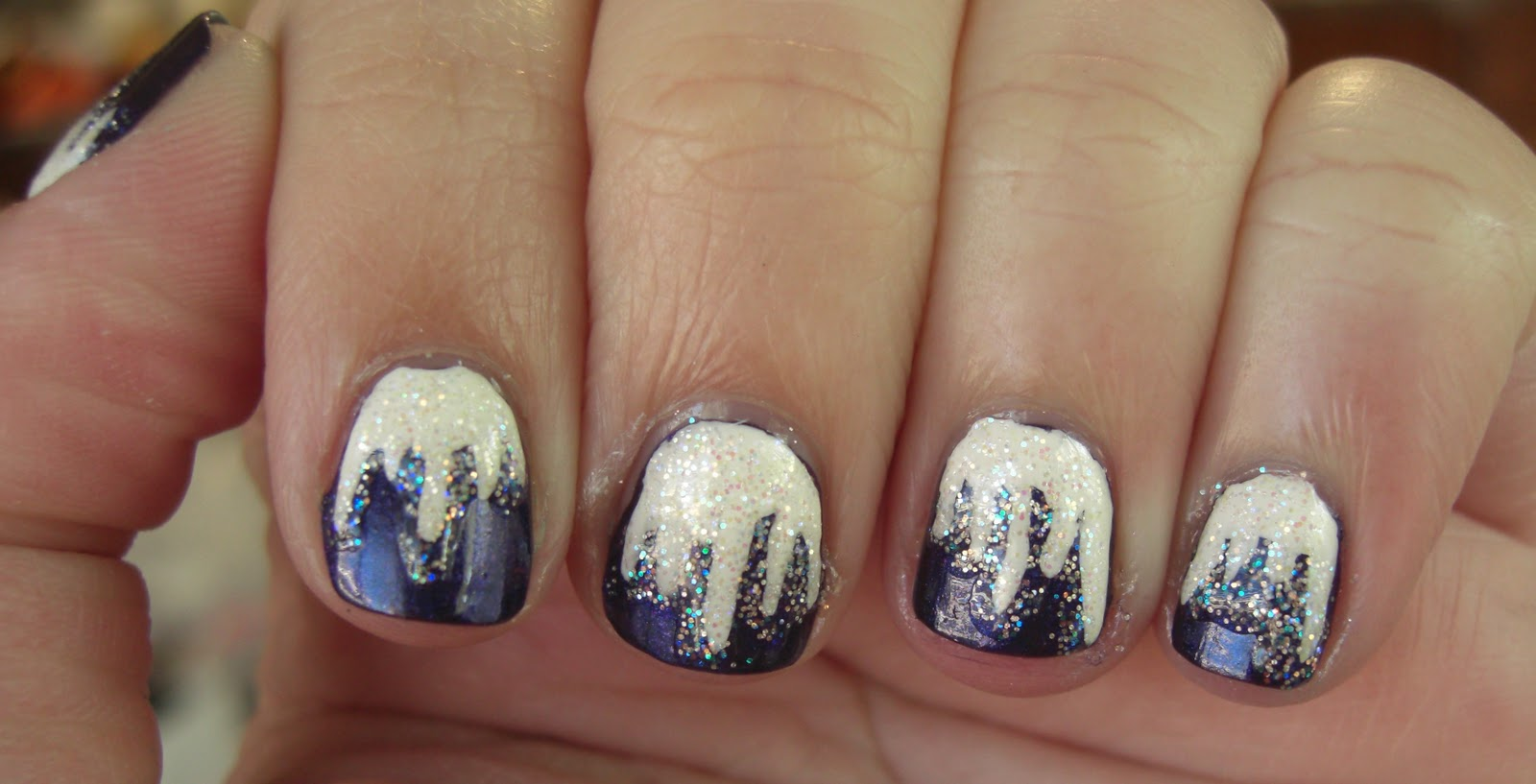 glitter obsession: Day 3 - Icicles