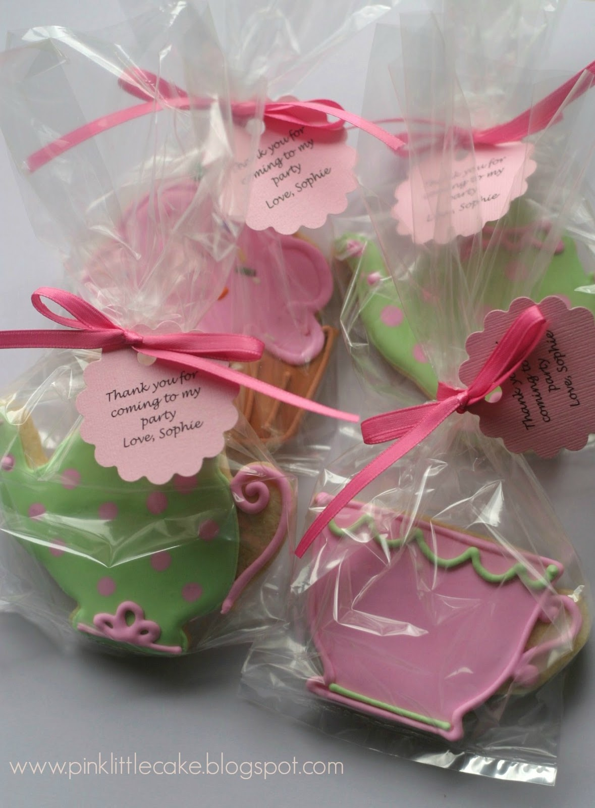 My Pink Little Cake: Tea Party Cake, Cupcakes and Cookie Favors