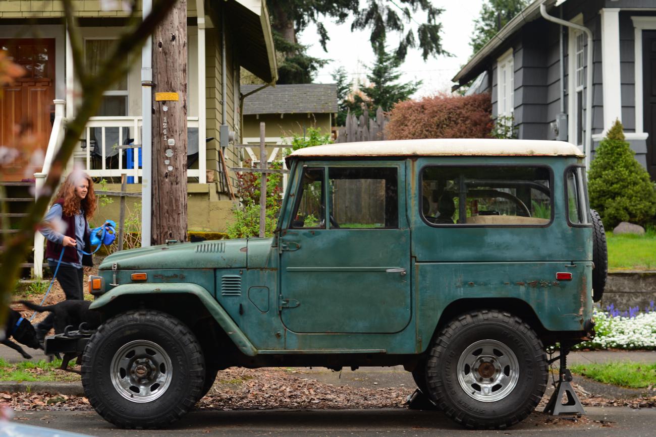 old parked cars 1972 toyota land cruiser. Black Bedroom Furniture Sets. Home Design Ideas